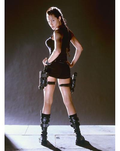 Angelina Jolie Tomb Raider Hot
