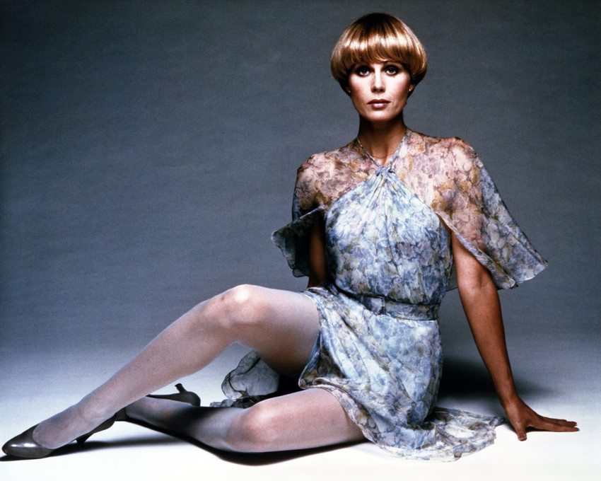 Joanna Lumley in The New Avengers full length leggy pose ...